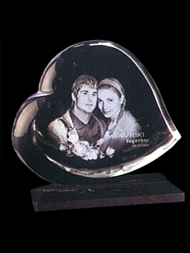 Personalised Laser Engraved Heart Shape Crystal (1143E)